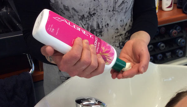 Aubrey luonnonmukainen shampoo