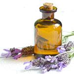 Laventeliöljyä käytetään ihon- ja hiustenhoitotuotteissa sen pehmentävän ja antiseptisen vaikutuksen sekä miellyttävän hajun vuoksi.